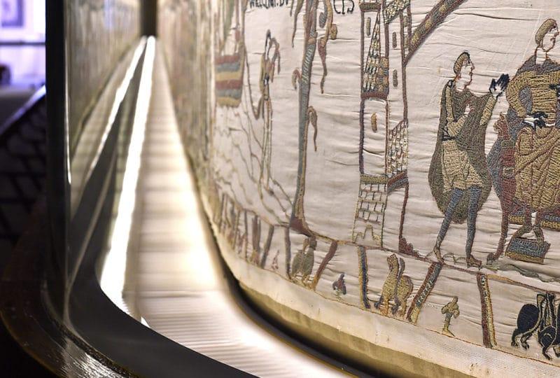 vue en perspective sur une scène de la Tapisserie de Bayeux