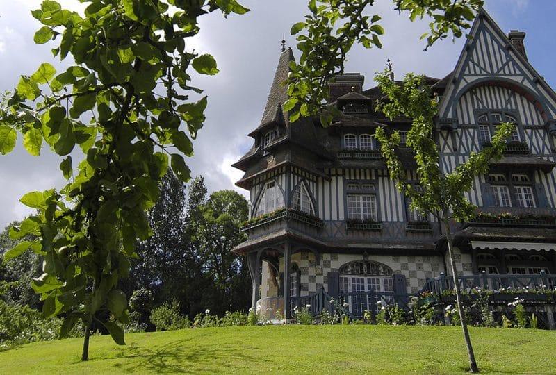 Façade Villa Strassburger à Deauville