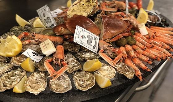 Plateau de fruits de mer dans le Calvados