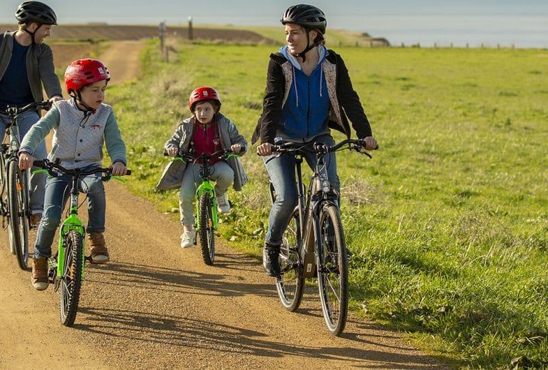 balade en famille en vélo dans le Calvados en Normandie