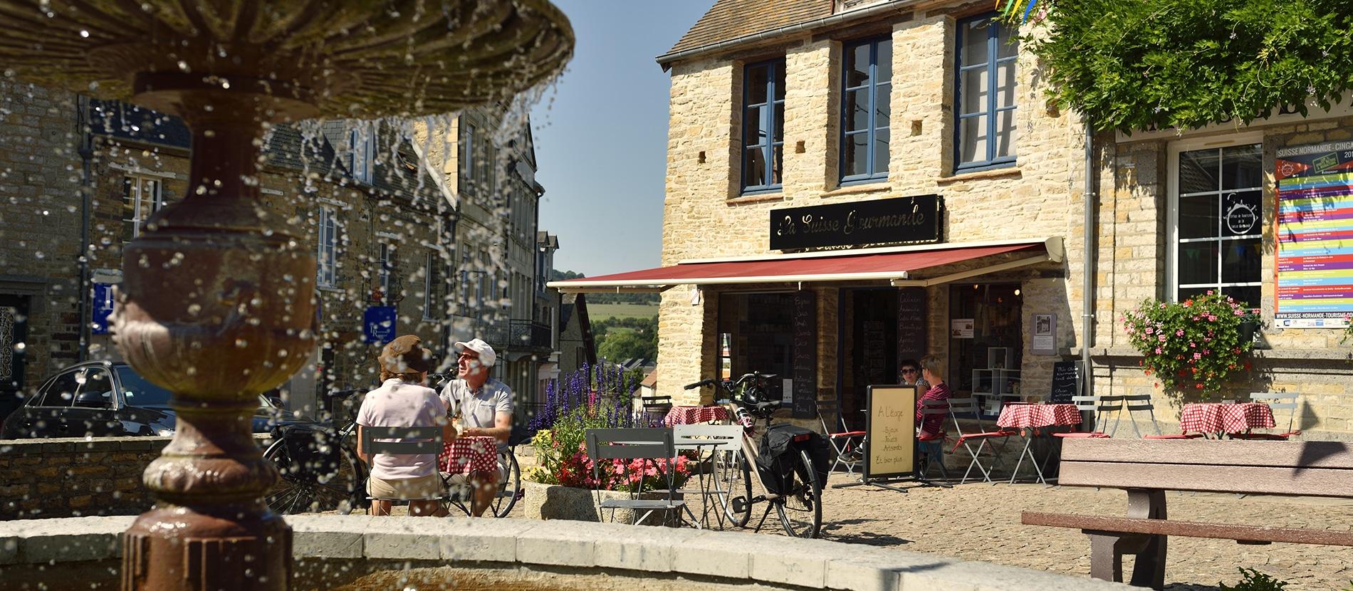 Le village de Clecy dans le Calvados en Normandie
