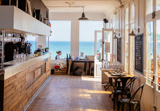 Restaurant vue mer dans le Calvados