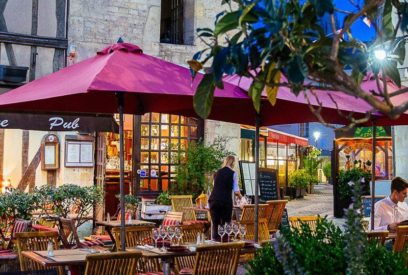Terrasse de restaurant à Caen dans le Calvados