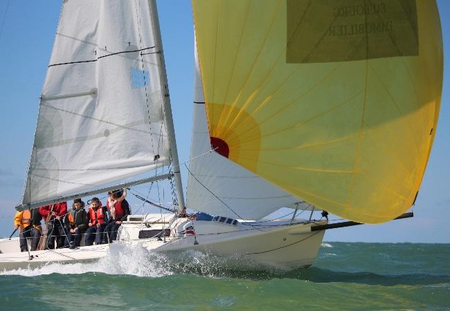Sortie en mersur voilier J80 avec l'école de voile du Deauville Yacht Club
