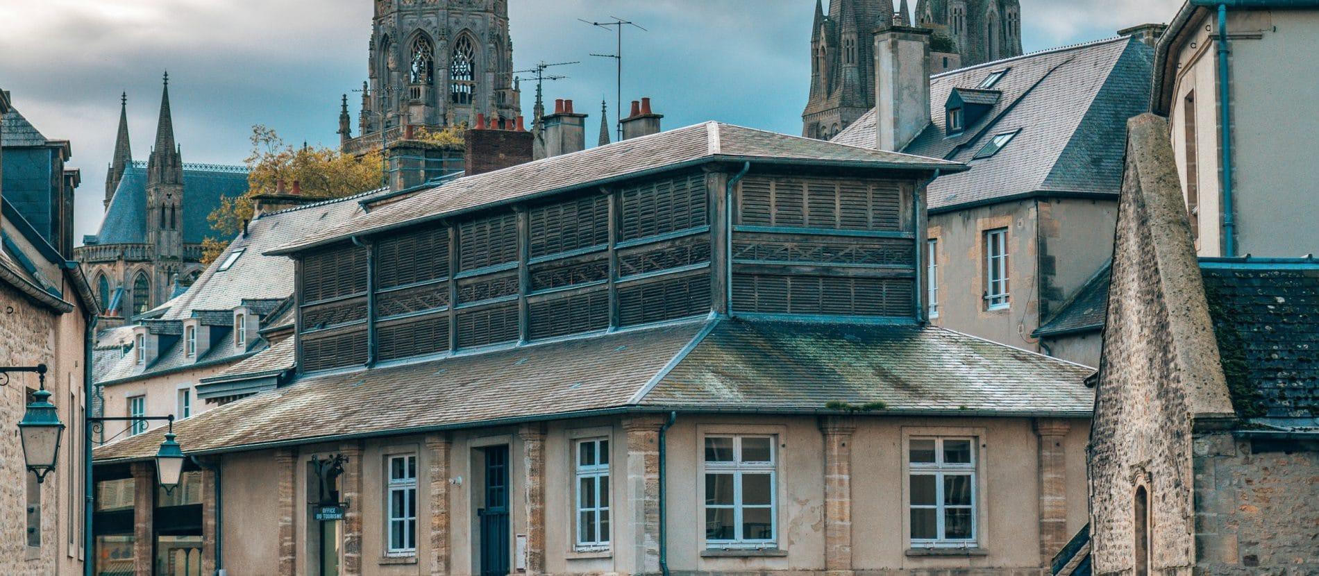Rues de Bayeux et sa cathédrale