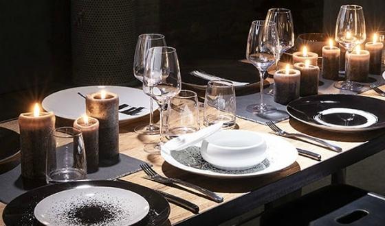 Table pour repas de fête
