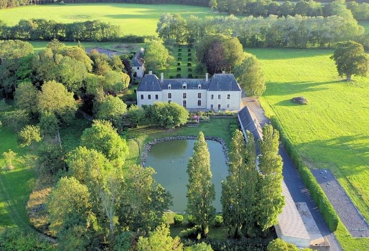 Château avec étang