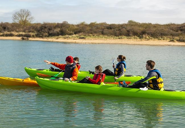 Canoë-kayak dans la baie de Sallenelles en balade nautique